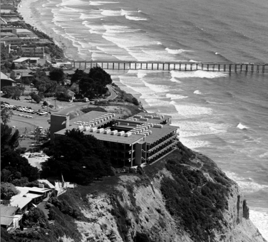 US Fisheries by Frank Hope & Associates SIO at UCSD in La Jolla, CA