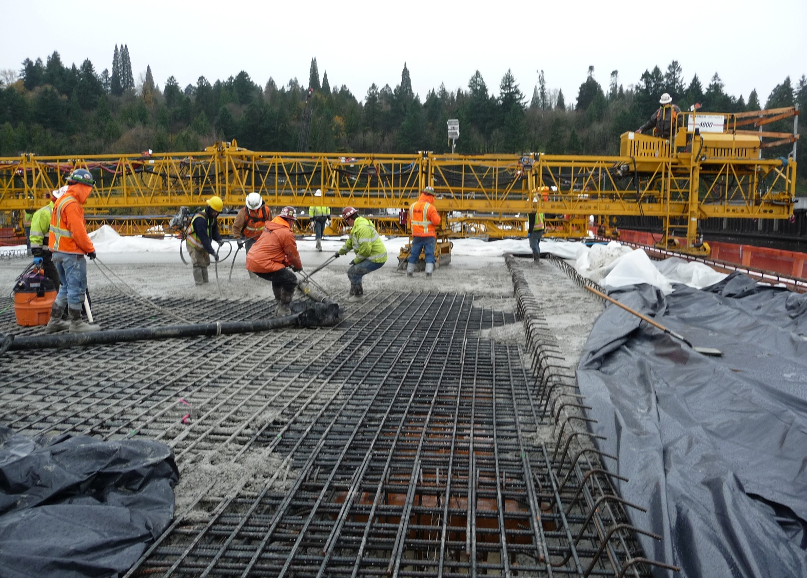 North sidewalk of new bridge takes shape